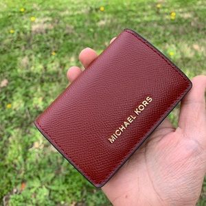 MK Small Two-Tone Crossgrain Leather Wallet